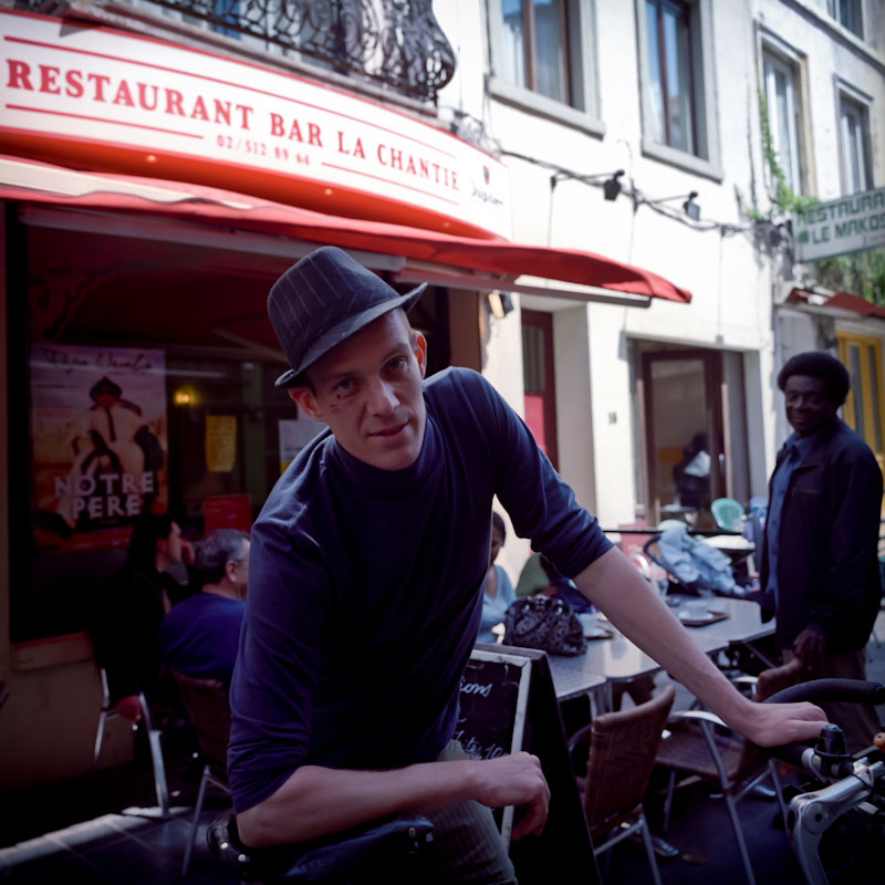 "Jeroen Markelbach, 33, coordinator of <i>Kaffee Kuumba</i>, that in Swahili  means  ""to create"". In 2008 he rode his bicycle for 14,000 km, from Brussels to Kinshasa, gathering more than 23,000 Euros for <i>Memisa</i>, a Belgian NGO that works in Congo."